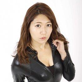 大阪杯 黒いボンデージとかけましてロケット乳と解く。その心は…