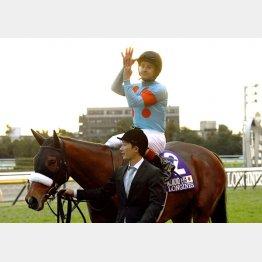 3冠馬3頭対決のジャパンCではアーモンドアイ騎乗で1番人気単勝220円