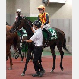 ①着オールアットワンス(石川騎手)「強い男馬相手に勝ち切ってくれてよかった」
